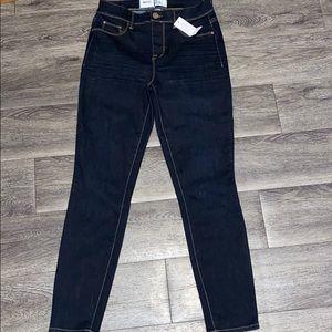 NWT Hi Rise Sculp Ankle jeans